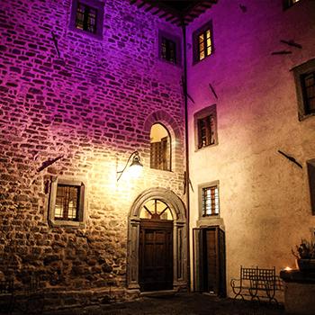 Castello-di-Magrano-Wedding-corte