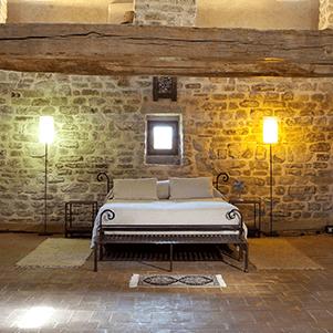 Castello-di-Magrano-Wedding-suite